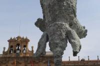 """Plaza Mayor de Salamanca, con el """"Gran Elefantdret"""" de la exposición de Miquel Barceló por la conmemoración del VIII Centenario de la USAL"""