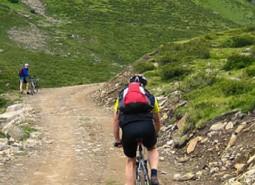 destacada-ruta-bicicleta-de-montan%cc%83a