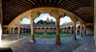 Claustro del Patio de Escuelas de la Universidad de Salamanca